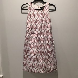 Dresses & Skirts - Printed shift dress with open back 6